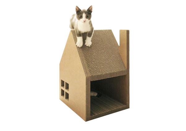 Krabhuis-Cat-Cardboard-House-2-600x424